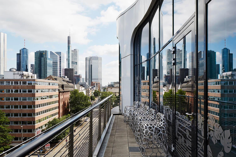 Roomers Frankfurt Meeting View