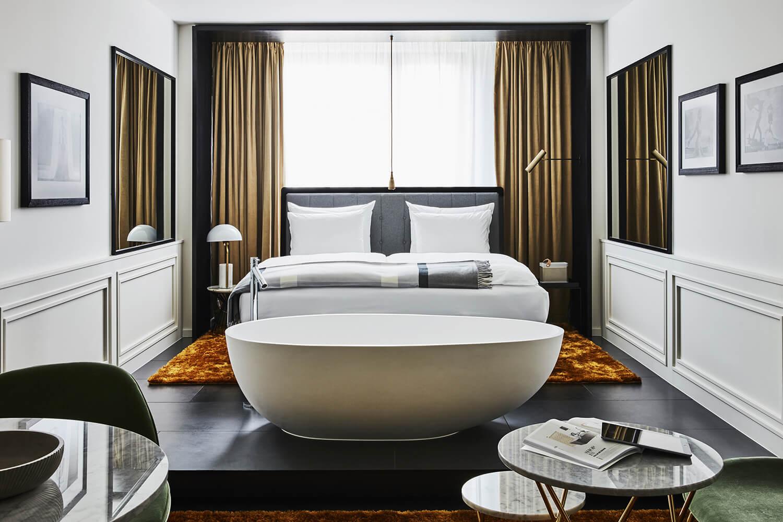 Roomers Munich Premium Deluxe Room