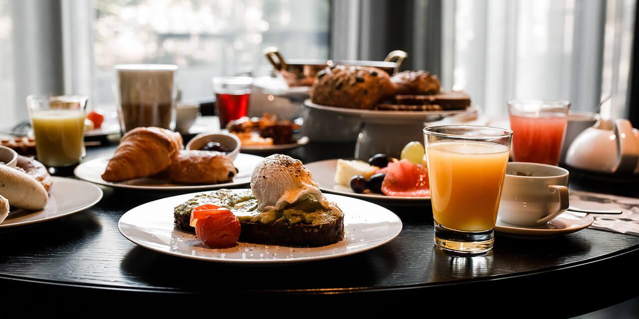 Roomers Munich Breakfast
