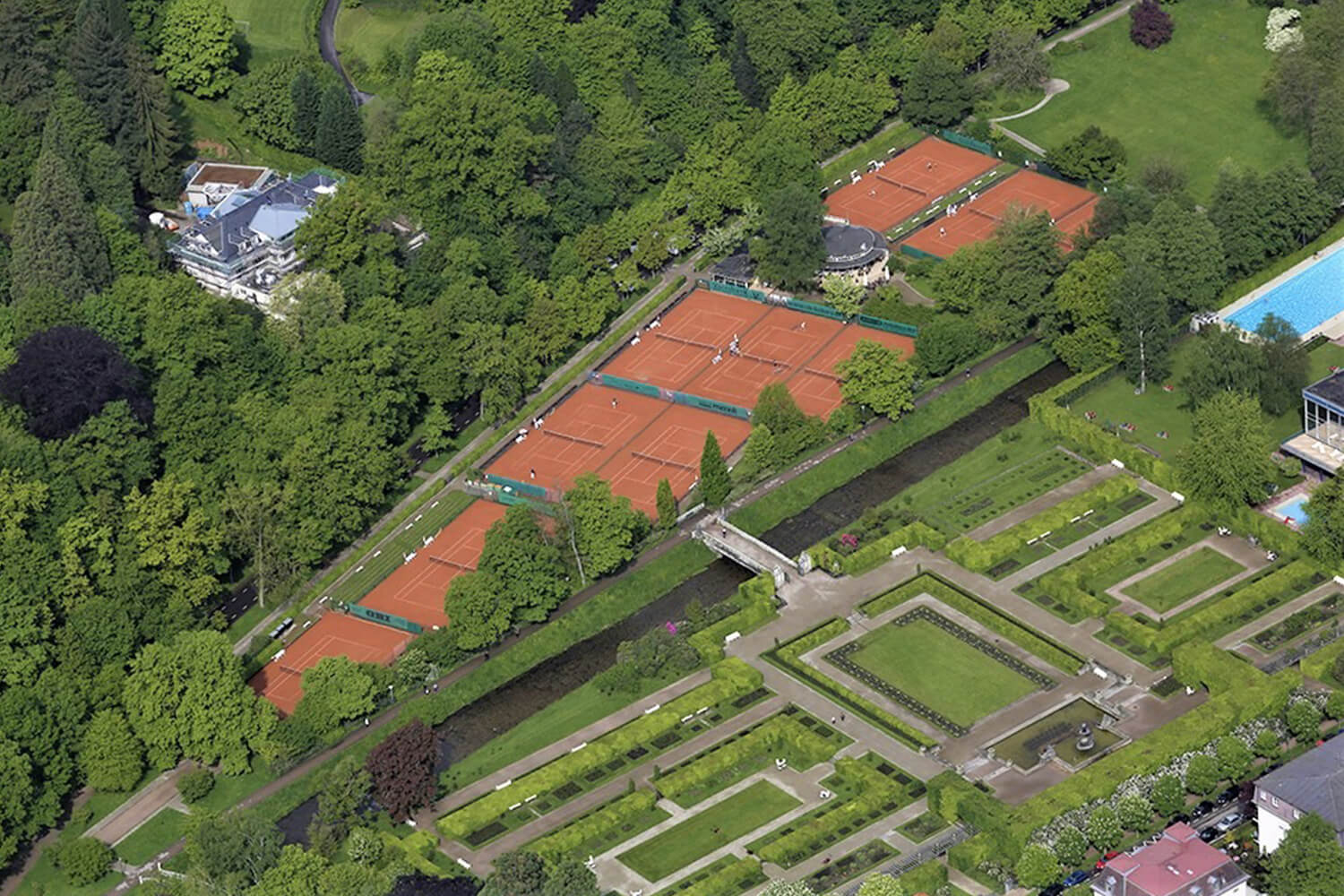 Roomers Baden-Baden Tennis Club Rot Weiss