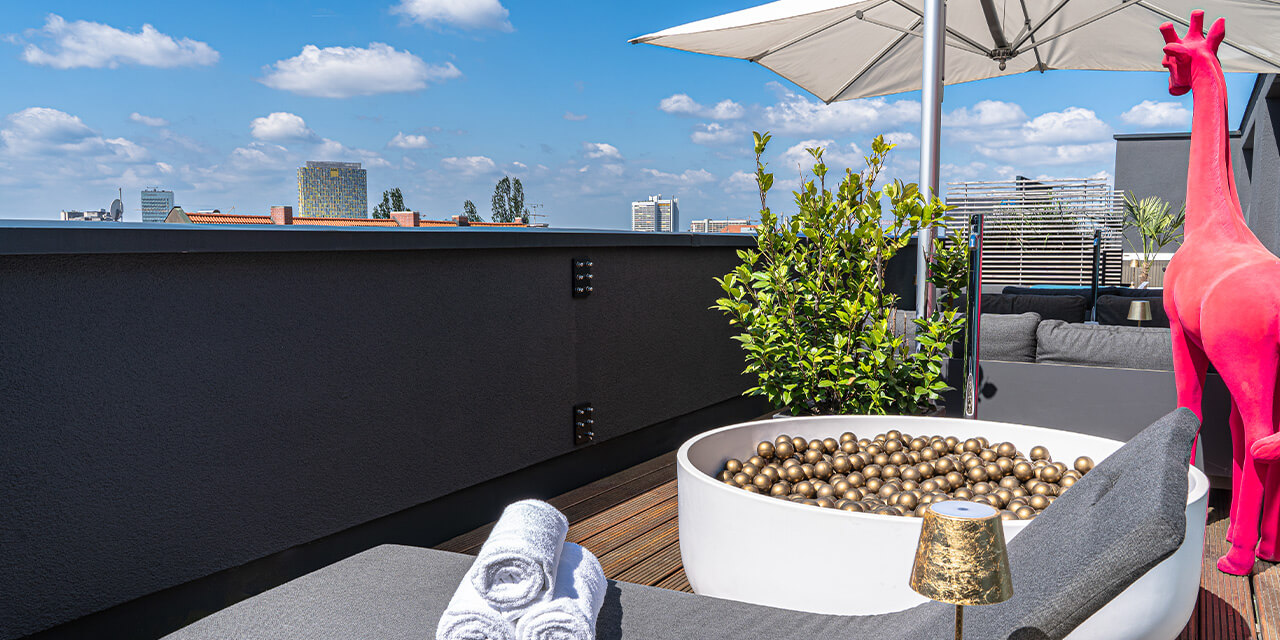 Roomers Munich | Rooftop Spa
