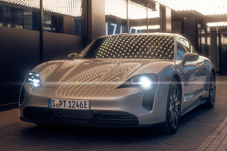 Roomers Porsche Taycan